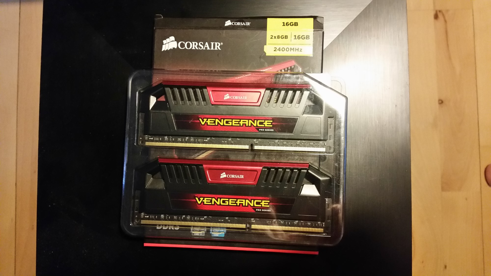 Harga Dan Spek Corsair Vengeance Pro Series 16gb Termurah 2018 Alphabet S Ohstick Antigravity Sticker Kb Salg Ram 2x8gb Red Ddr3 2400mhz